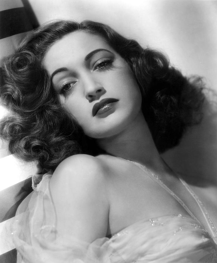 Glamour Photograph - Dorothy Lamour, Paramount Pictures, 1943 by Everett