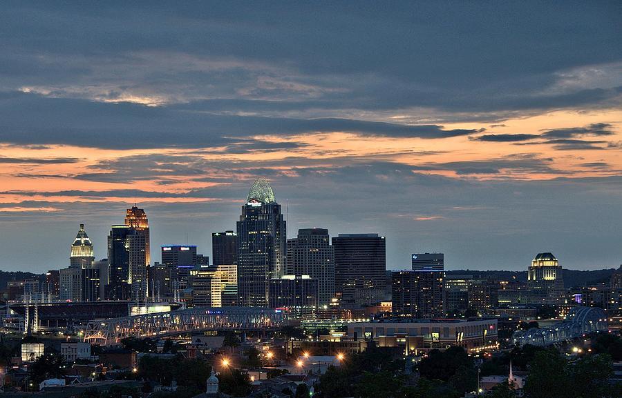 Cincinnati Photograph - Downtown Cincinnati by Tina Karle