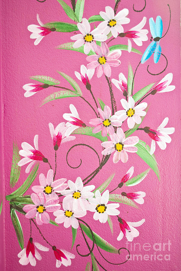 Draw flower on the wall painting by weerayut kongsombut
