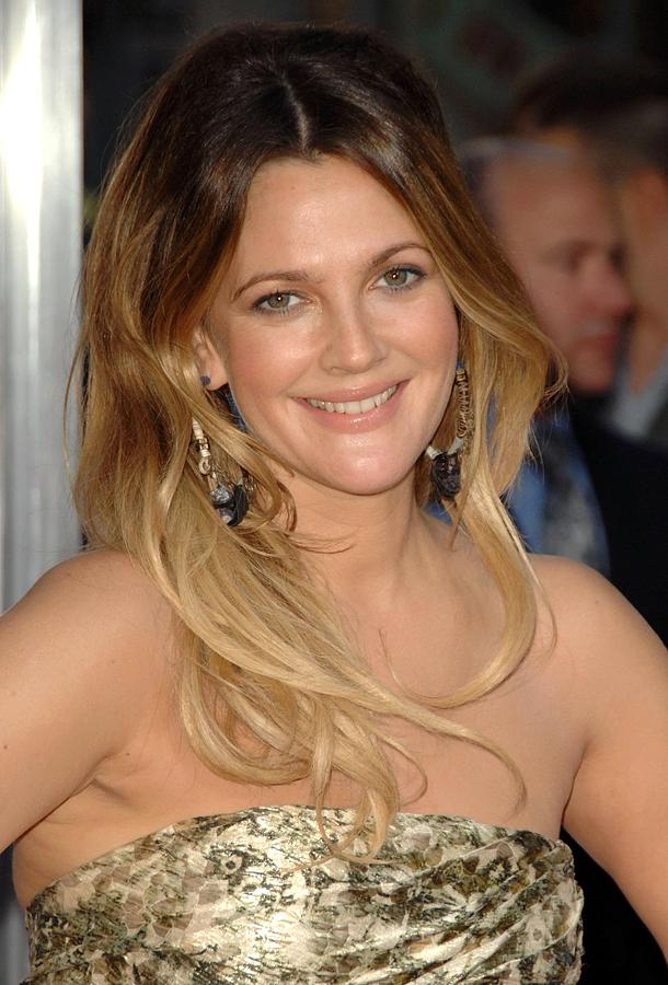 Drew Barrymore Photograph - Drew Barrymore At Arrivals For Going by Everett