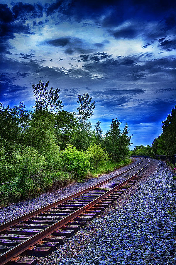 Railroad Photograph - Duluth Railway by Linda Tiepelman