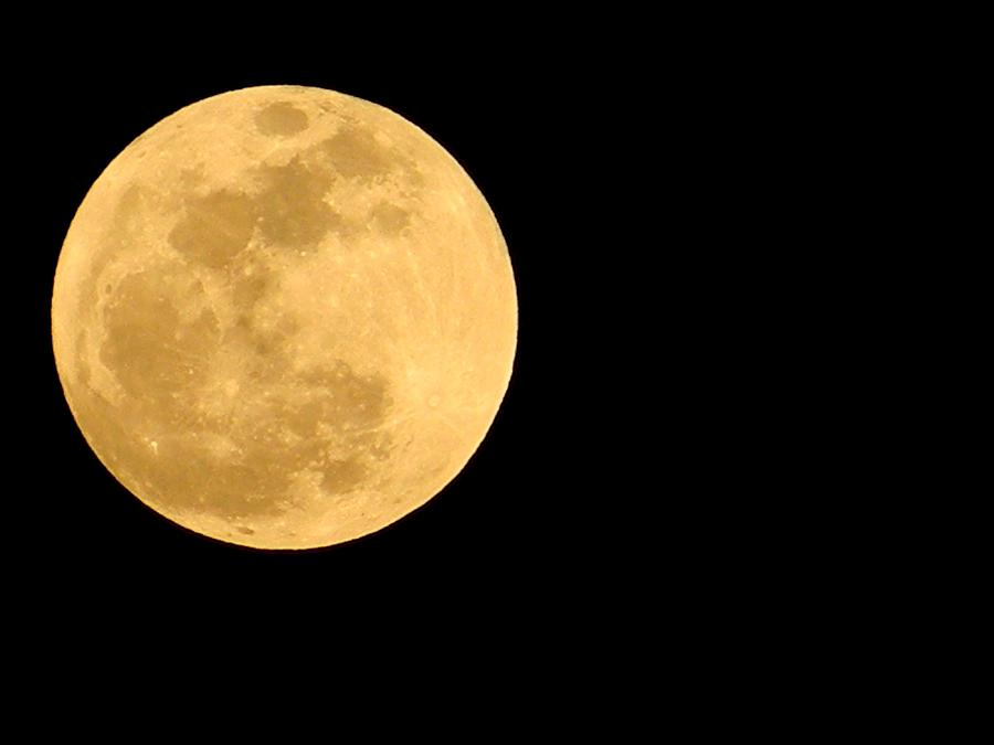 Early Super Moon In Color Photograph By Warren Thompson