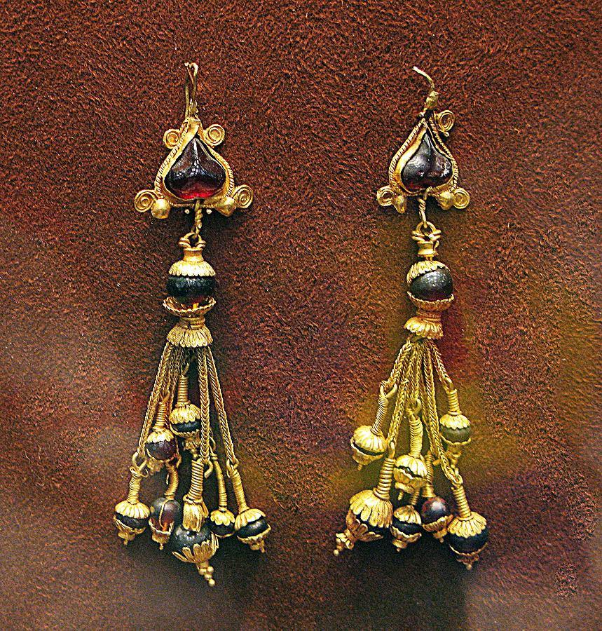 Ancient Earrings Photograph - Earrings With Garnets by Andonis Katanos