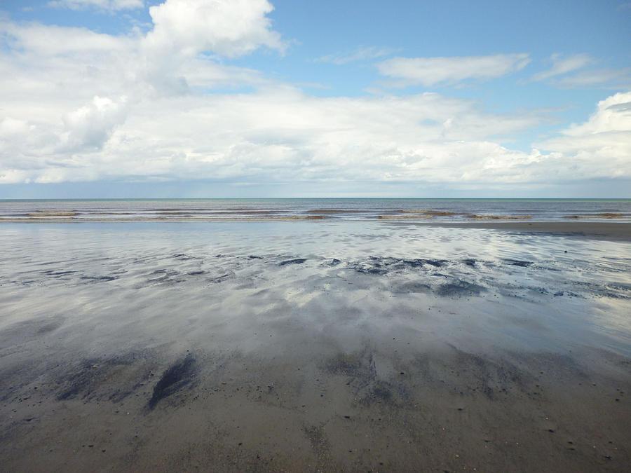 East Yorkshire Photograph - East Coast Seascape by Sarah Couzens