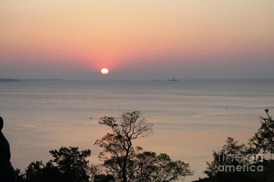 Yorktown Photograph - Easter Sunrise In Yorktown by Marilyn West