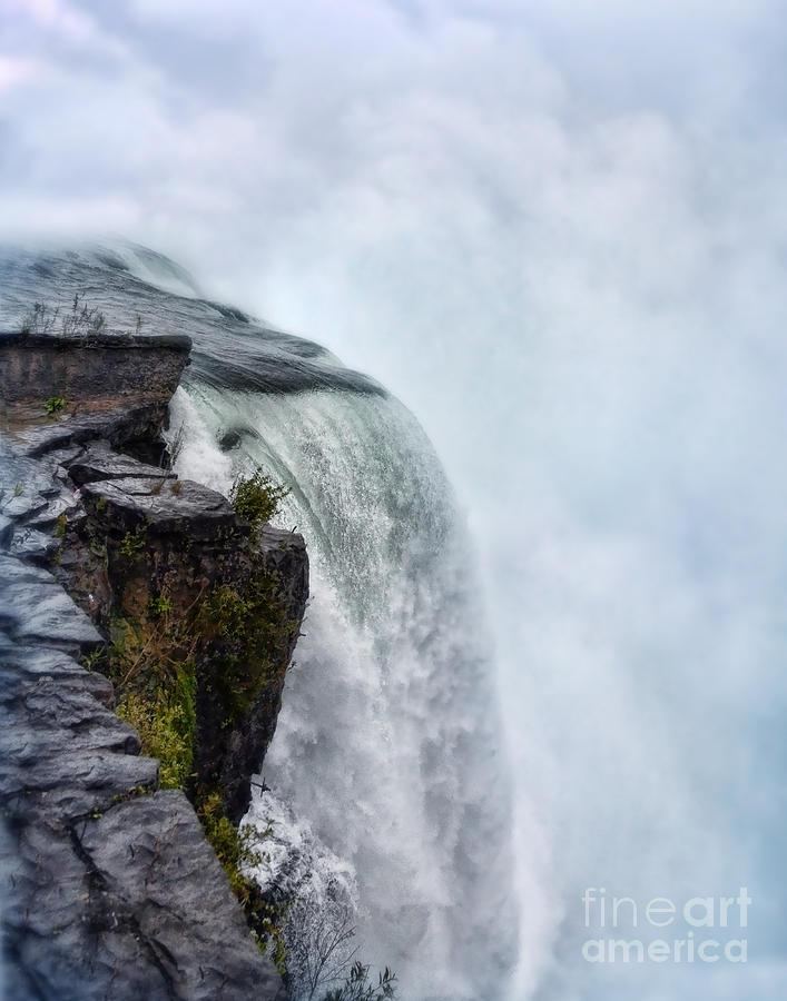 Water Photograph - Edge Of Niagara Falls by Jill Battaglia