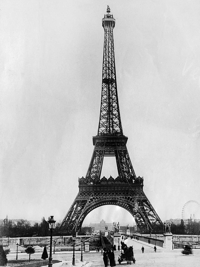 eiffel tower paris france ca 1928 photograph by everett. Black Bedroom Furniture Sets. Home Design Ideas