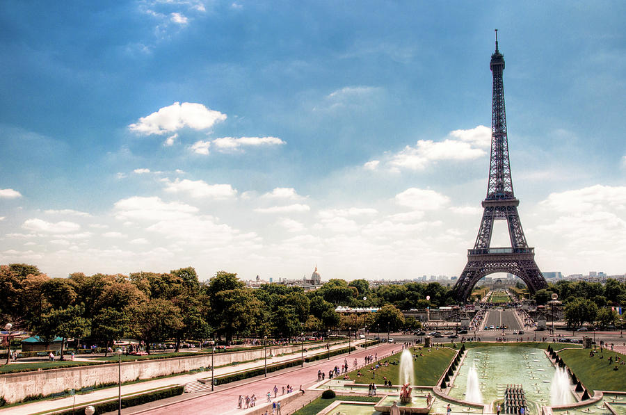 Horizontal Photograph - Eiffel Tower by Photo by Stuart Gleave