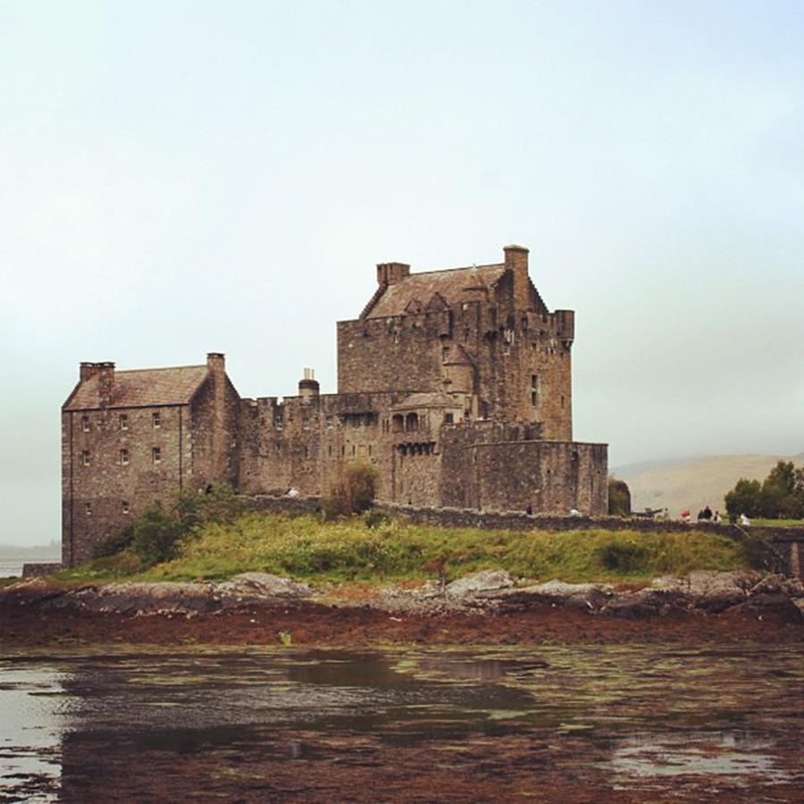 Castle Photograph - Eilean Donan Castle - Scotland by Luisa Azzolini