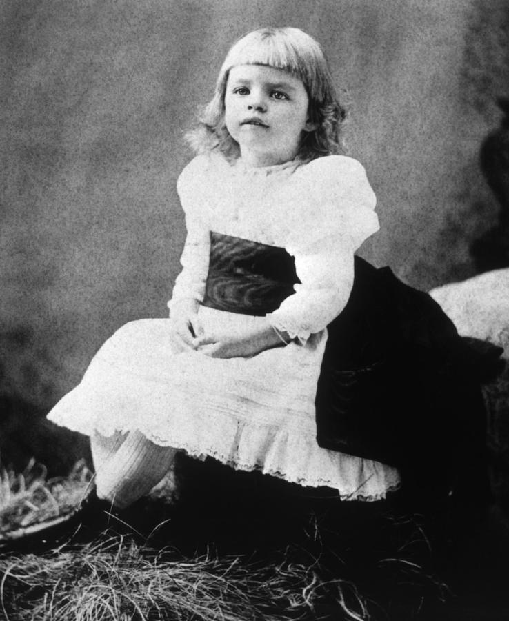 19th Century Portrait Photograph - Eleanor Roosevelt 1884-1962, Ca. 1889 by Everett