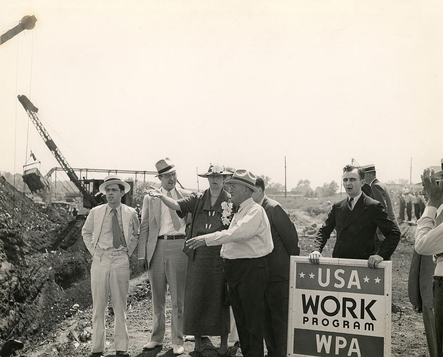 History Photograph - Eleanor Roosevelt At A Wpa Site In Des by Everett
