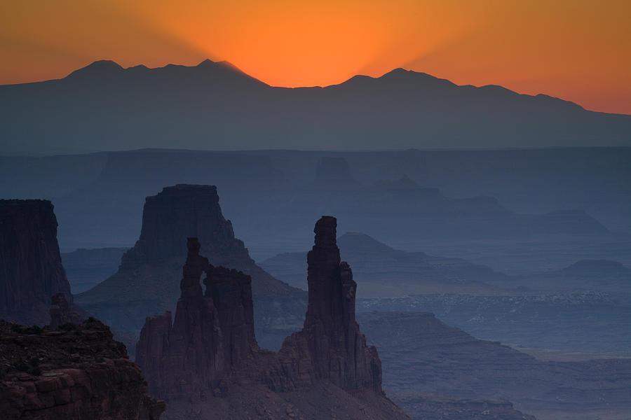 Mesa Arch Photograph - Emerging Dawn by Andrew Soundarajan