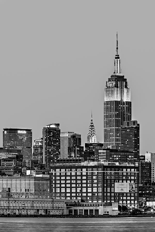 Empire State Building Photograph - Empire State Bw by Susan Candelario