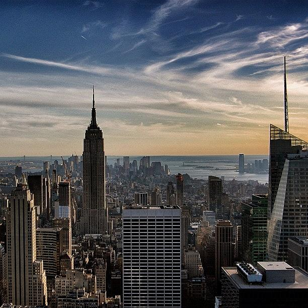 Newyorker Photograph - Empire State Of Mind - New York by Joel Lopez
