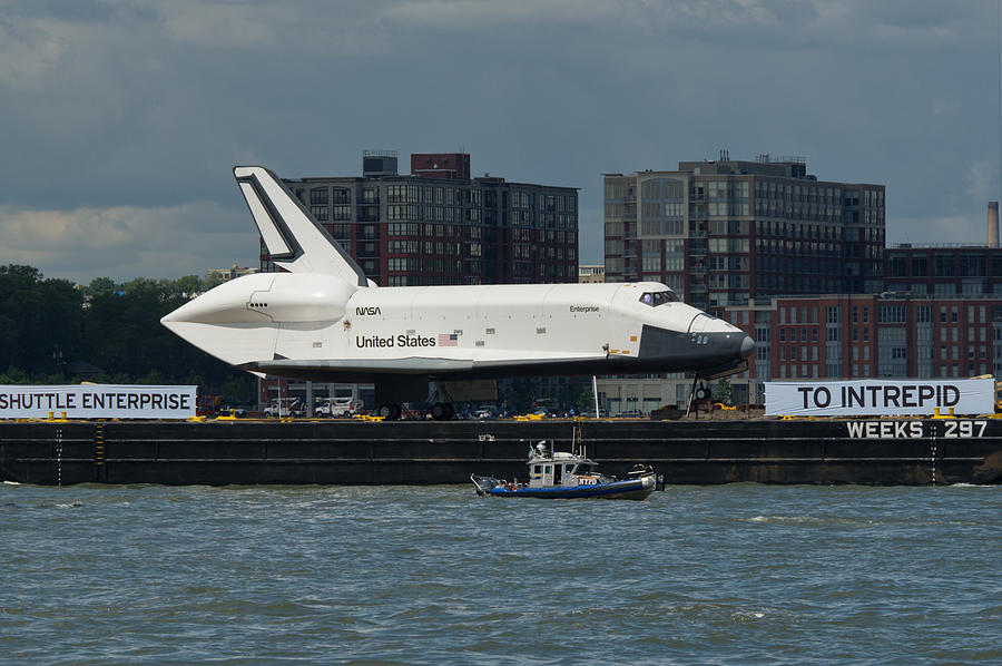 Space Shuttle Photograph - Enterprise To Intrepid by Gary Eason