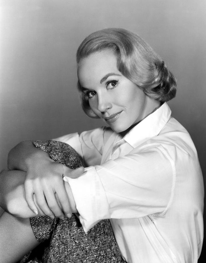 1950s Portraits Photograph - Eva Marie Saint, 1959 by Everett