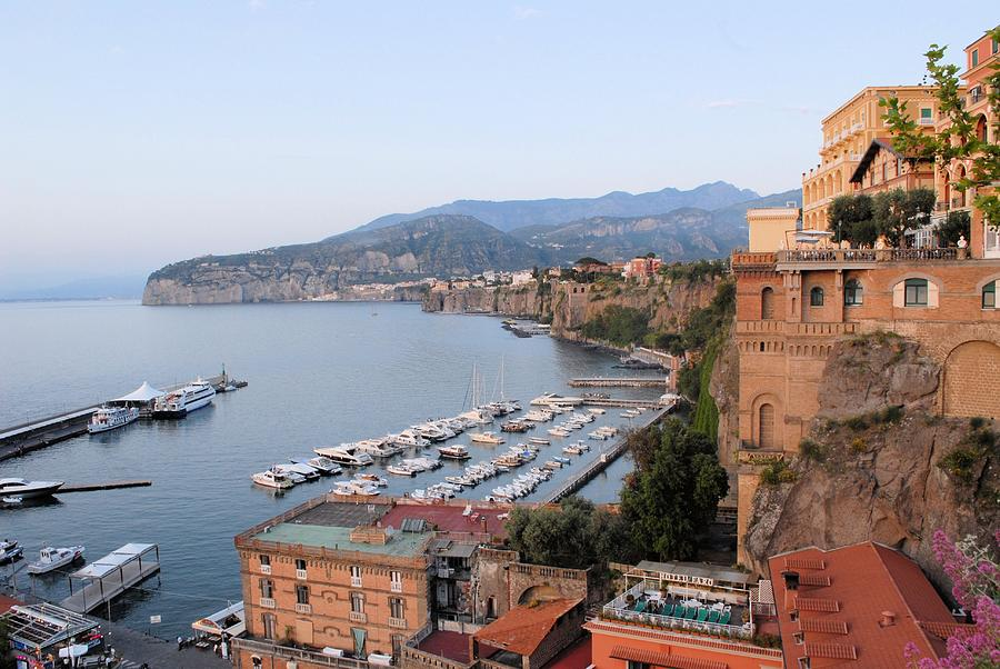 Sorrento Photograph - Evening On The Bay by