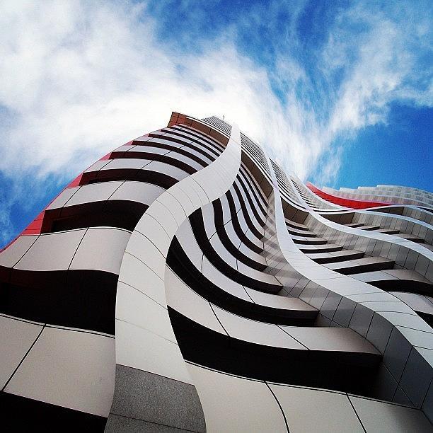 Building Photograph - Extrude by Cameron Bentley