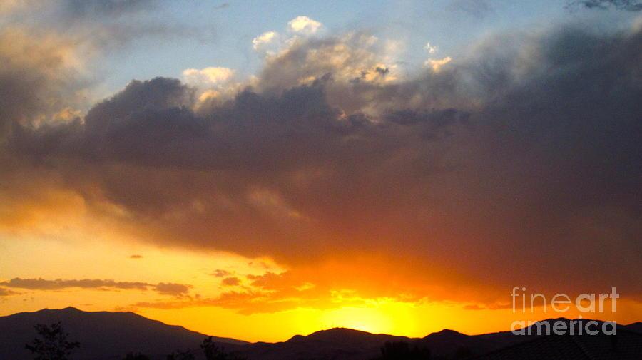 Sierra Mountains Photograph - Fabulous Sunset by Phyllis Kaltenbach