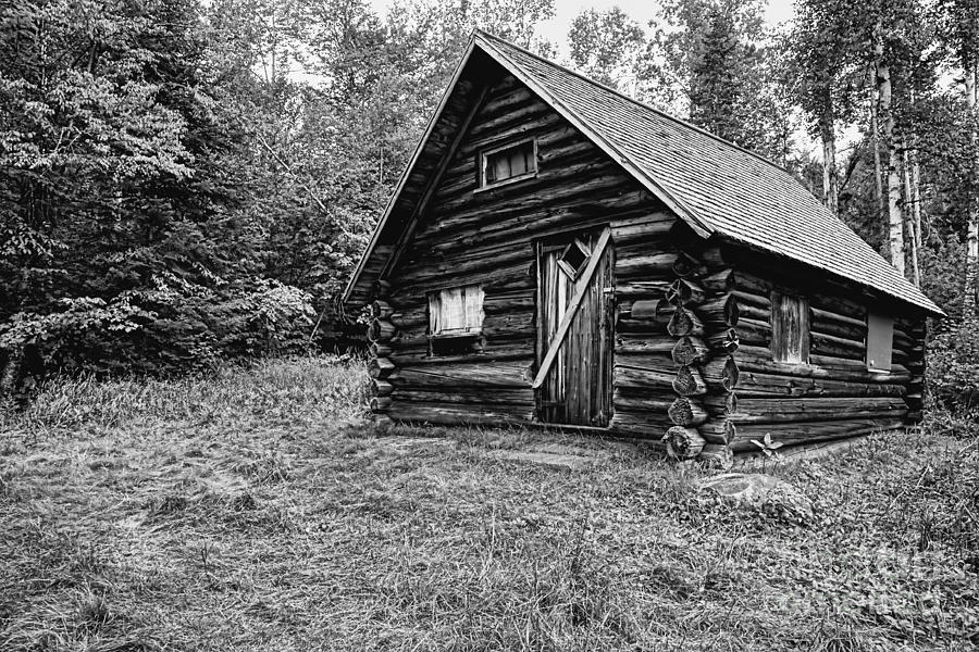 Black & White Photograph - Fabyan Guard Station - White Mountains New Hampshire Usa by Erin Paul Donovan