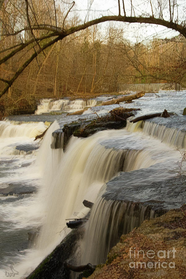 Tennessee Photograph - Falls At Old Stone Fort by Michael Flood