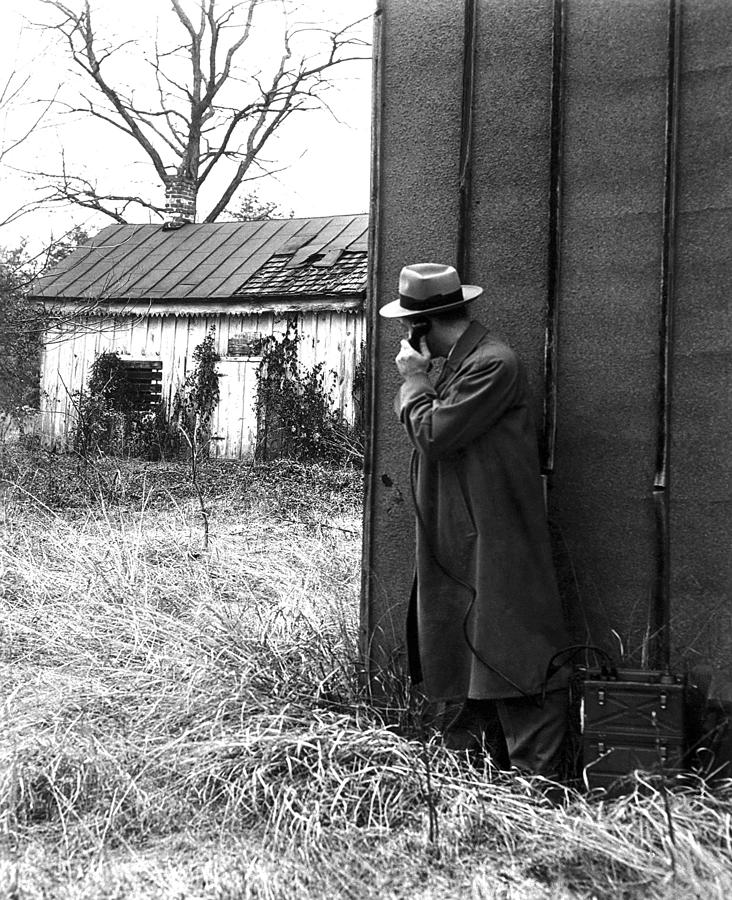 History Photograph - Fbi Agents With An Huge Portable Phone by Everett