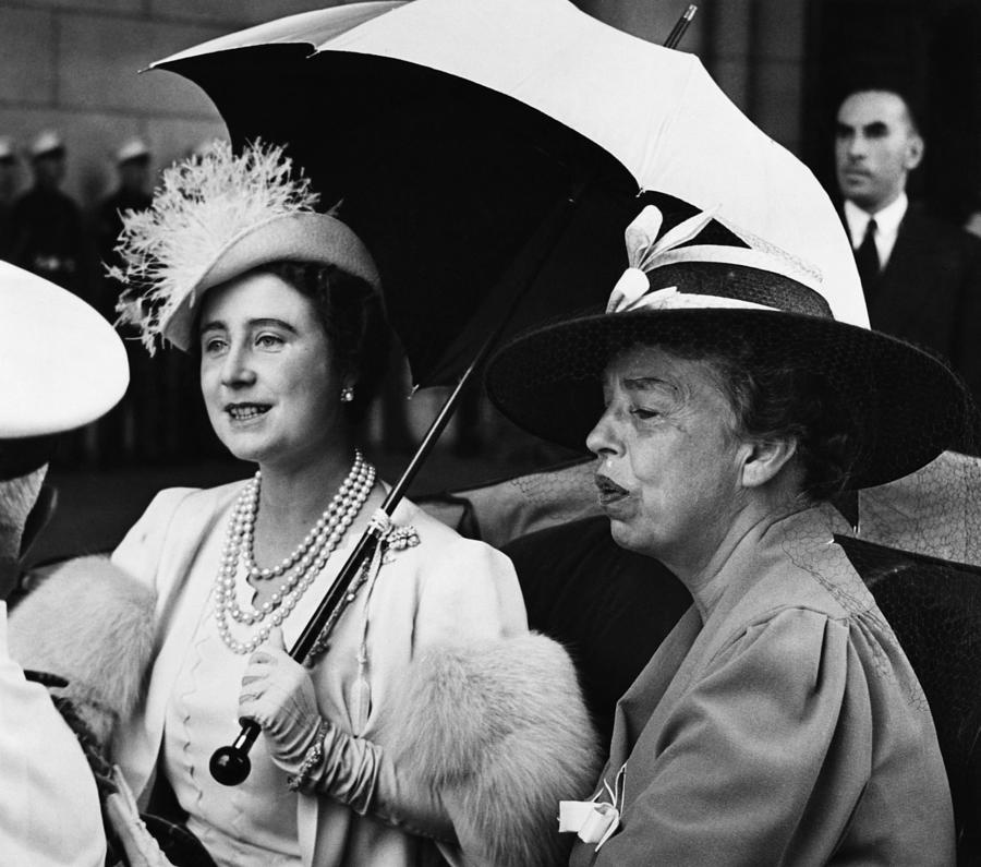 1930s Photograph - Fdr Presidency. British Queen Elizabeth by Everett