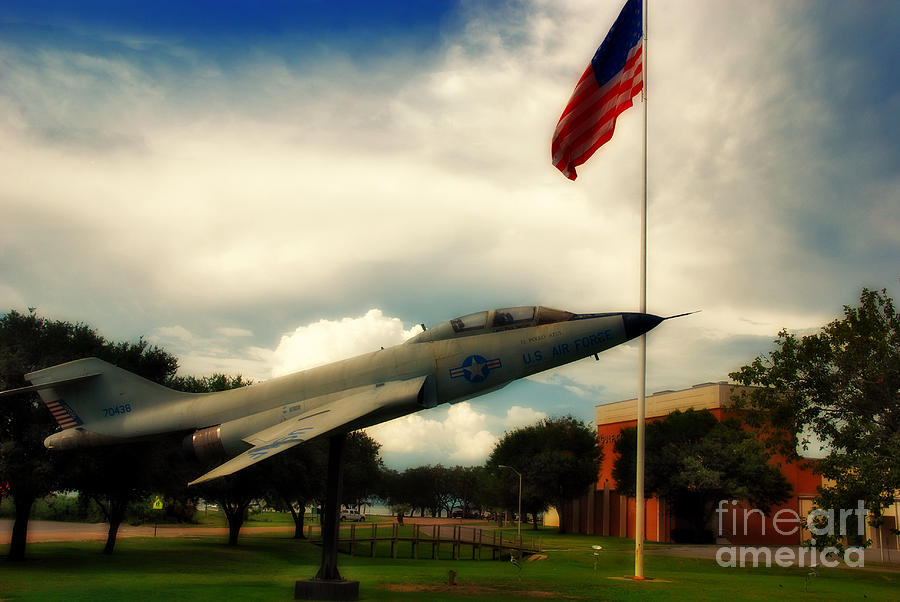 Fighter Photograph - Fighter Jet Panama City Fl by Susanne Van Hulst