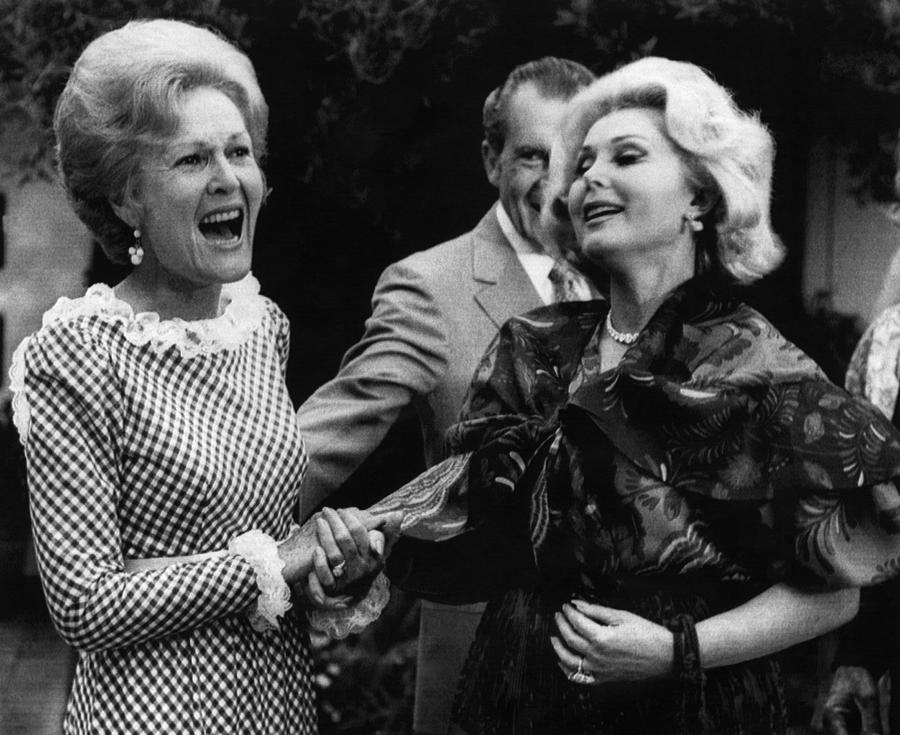 1970s Photograph - First Lady Patricia Nixon With Zsa Zsa by Everett