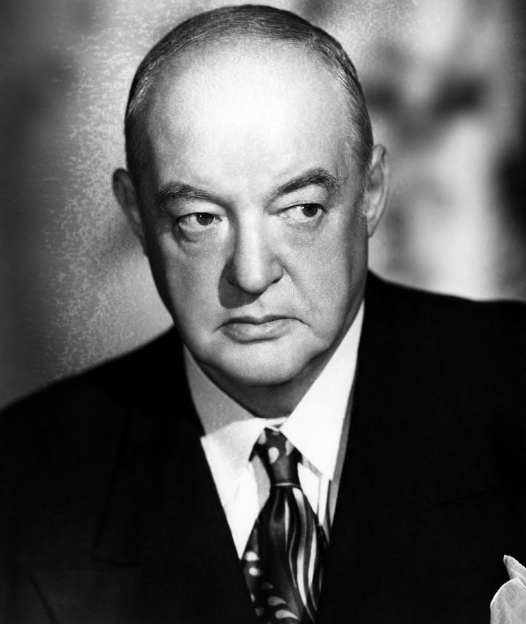 Flamingo Road, Sydney Greenstreet, 1949 Photograph by Everett