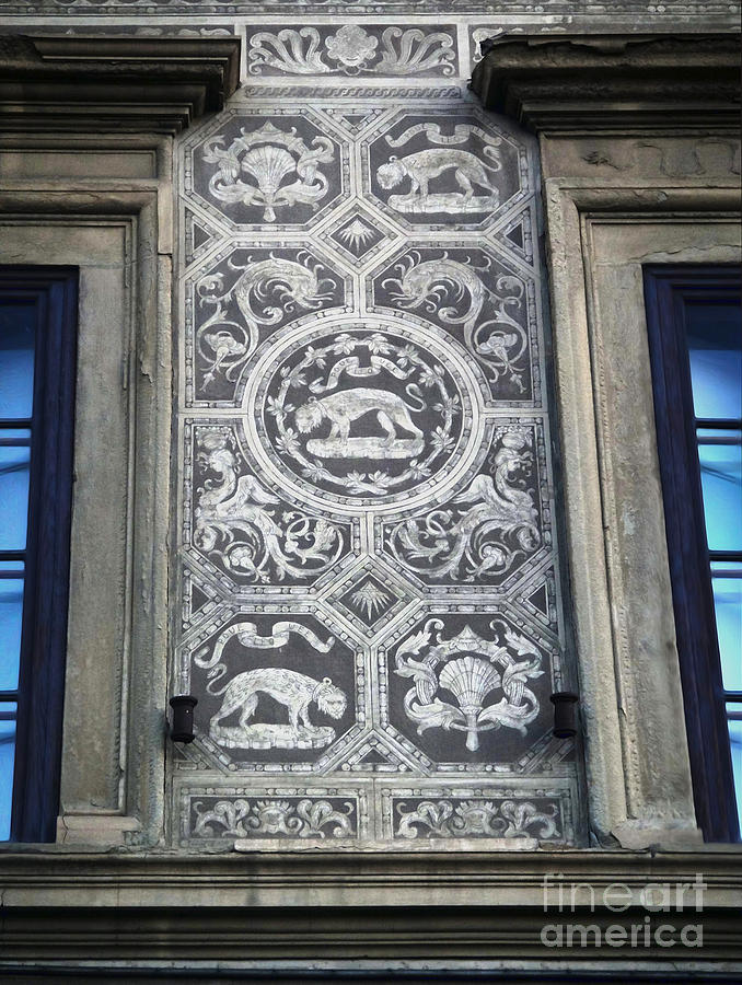 Florence Italy Photograph - Florence Italy - Architectural Detail - 01 by Gregory Dyer