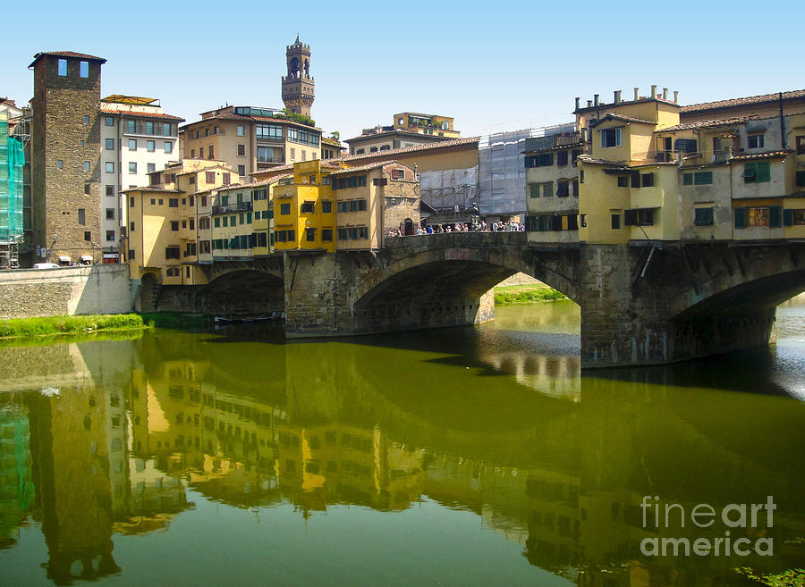Florence Italy Photograph - Florence Italy - Ponte Vecchio - 05 by Gregory Dyer