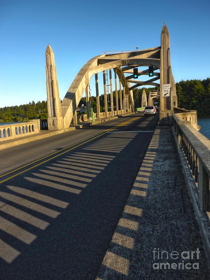 Florence Oregon Painting - Florence Oregon - Art Deco Bridge by Gregory Dyer