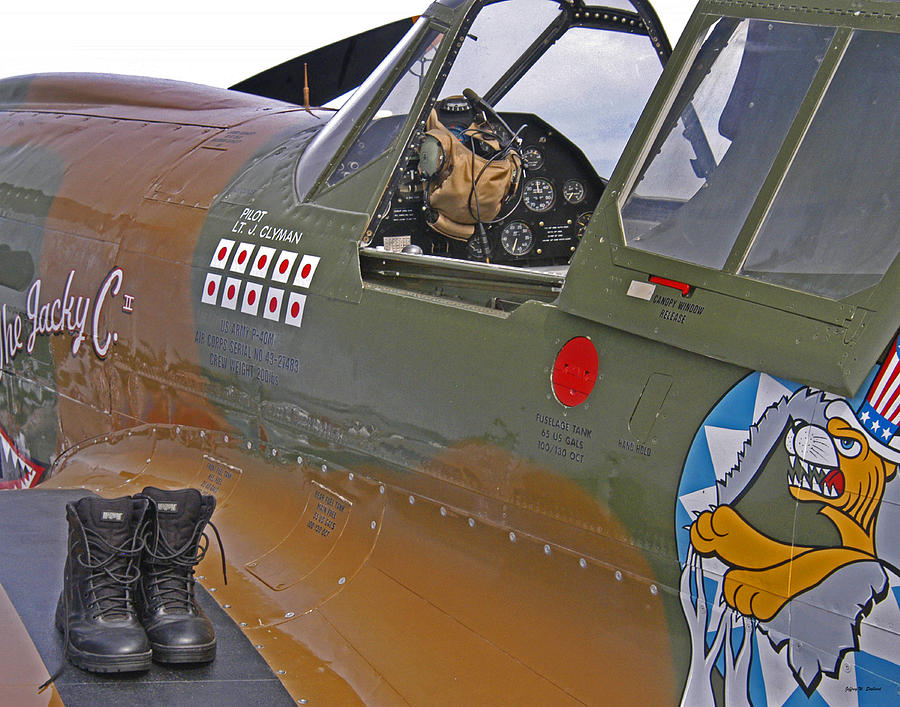 Flying Tigers Photograph - Flying Tigers 02 by Jeff Stallard