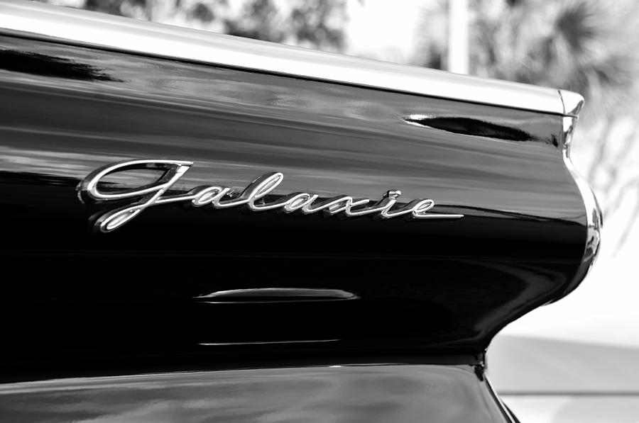 Ford Galaxie Photograph - Ford Galaxie by David Lee Thompson