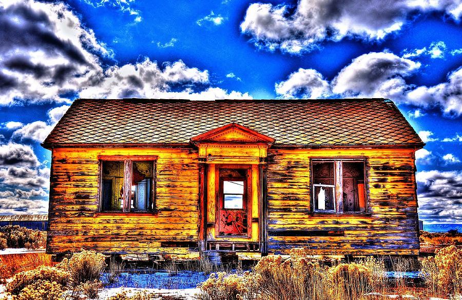 Forgotten Home Photograph by Daniel Morgan