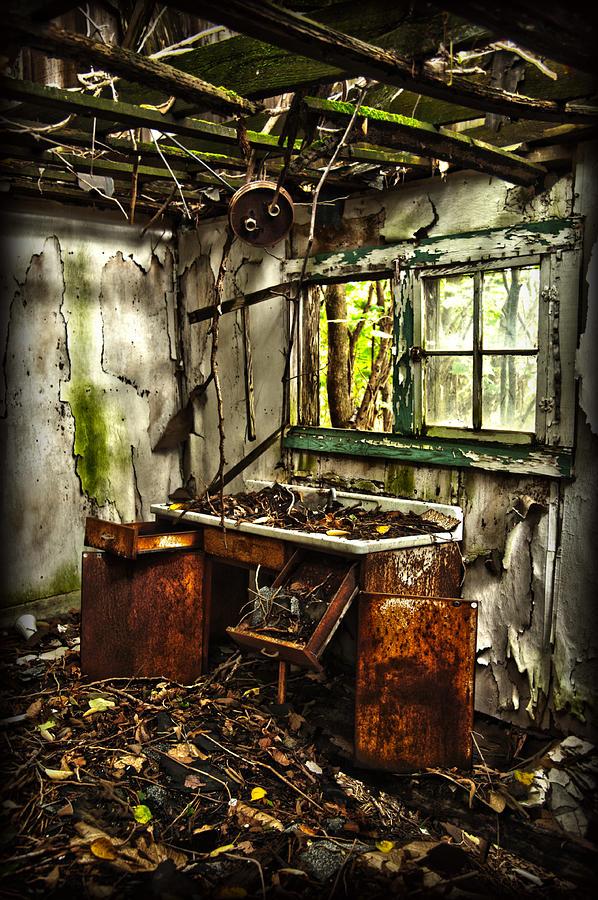 Kitchen Photograph - Forgotten Kitchen by Thomas Kessler
