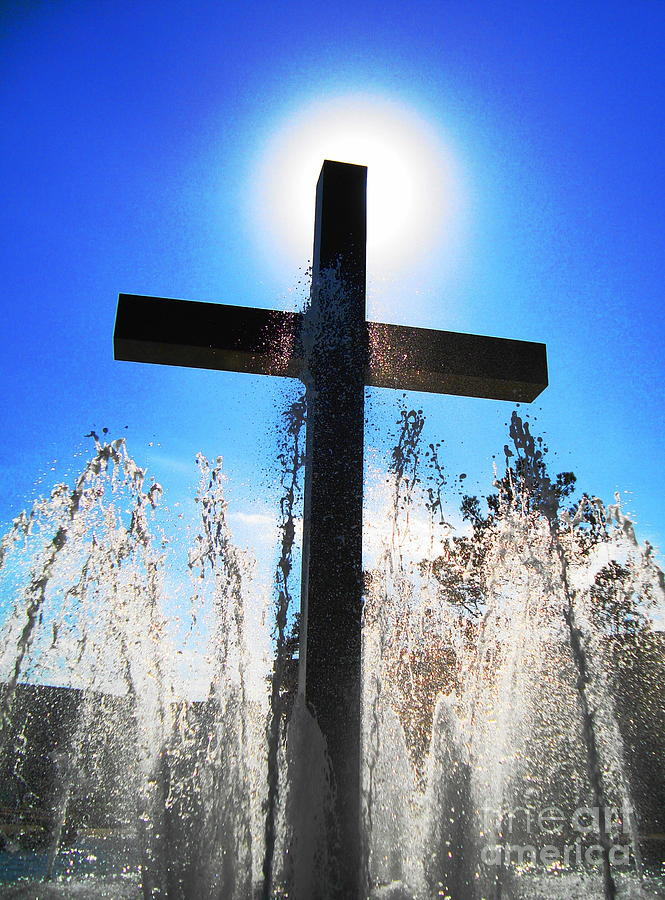 Cross Photograph - Fountain Of Hope by Denise Hopkins