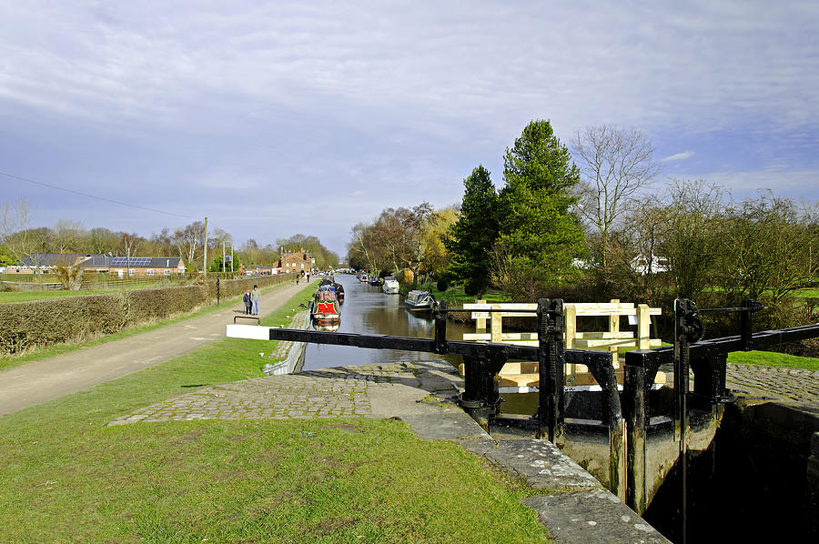 Staffordshire Photograph - Fradley Middle Lock No. 18 by Rod Johnson