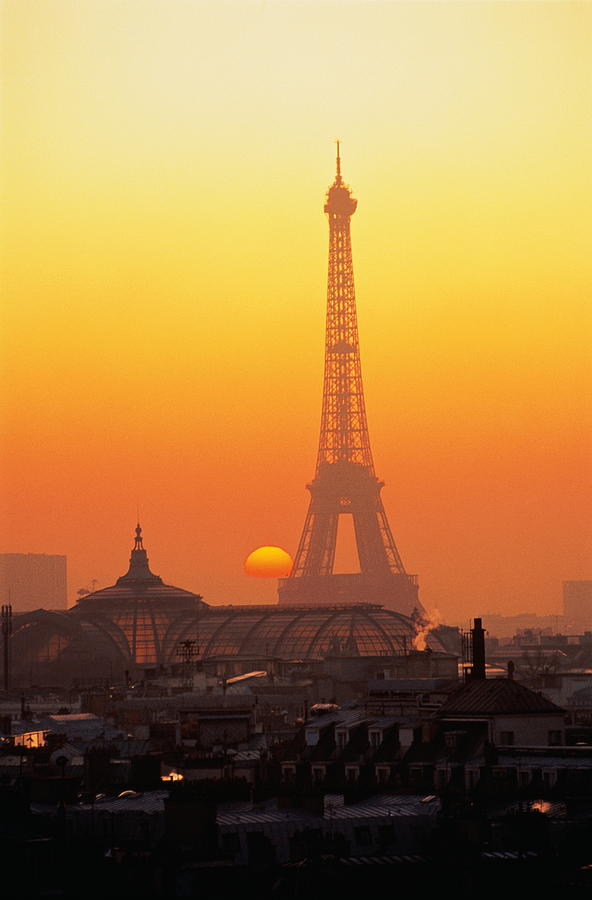 France Paris Eiffel Tower At Sunset Photograph By Nello