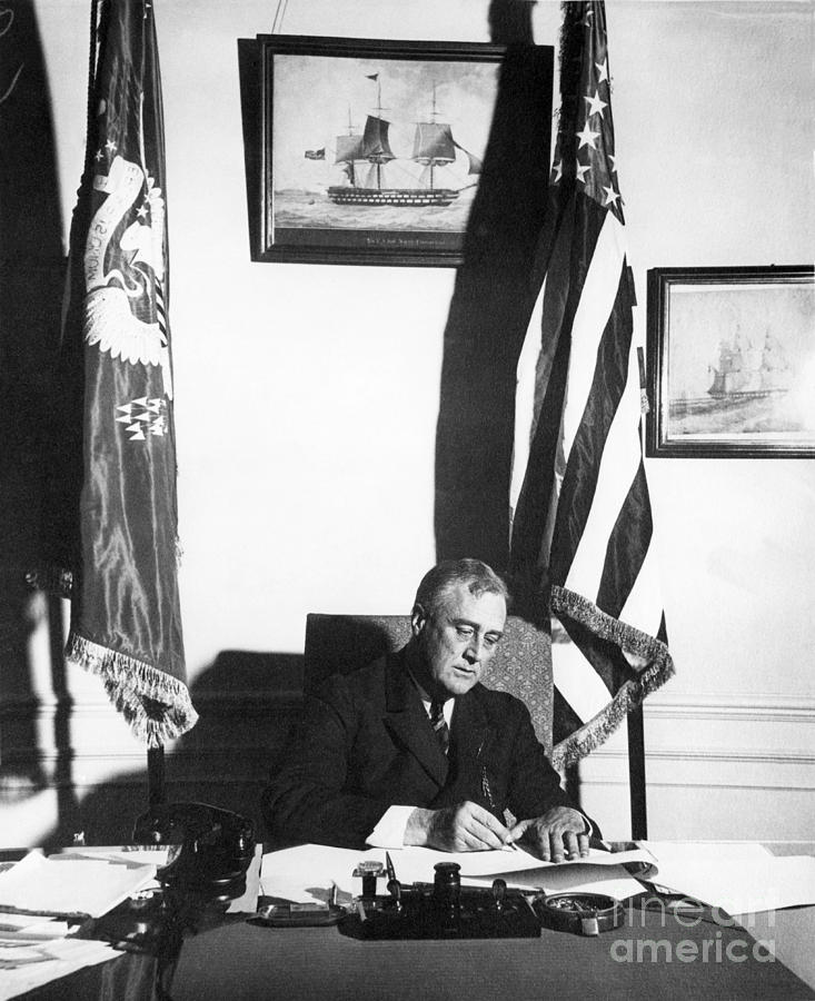 History Photograph - Franklin D. Roosevelt, 32nd American by Omikron