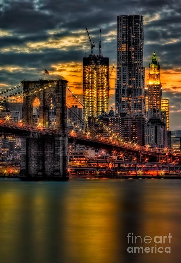 Brooklyn Bridge Photograph - Freedom Rising by Susan Candelario