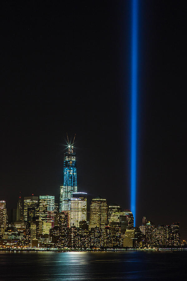9 11 Photograph - Freedom Tower And Tribute In Light by John Dryzga