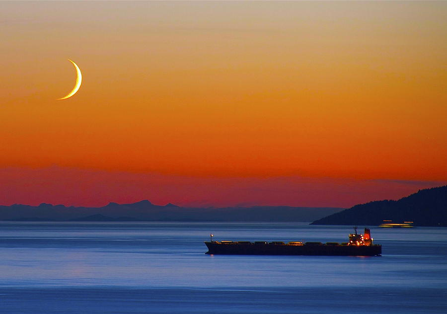 Waterscape Photograph - Freighter Sunset by David Bruce Gammie