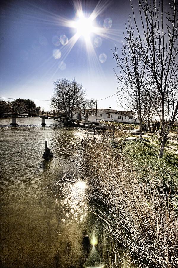 River Photograph - Freshing Hot by Gabriel Calahorra