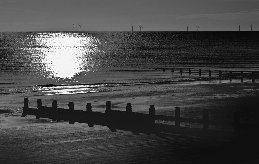 Frinton On Sea Photograph - Frinton-on-sea by Darren Burroughs