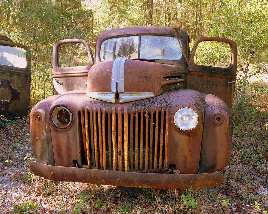 Front View Of Rusty Old Truck Photograph by Carla Parris