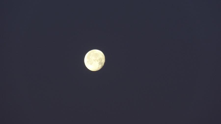 Full Moon Photograph - Full Moon by Jessica Cruz
