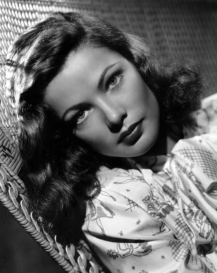 Beauty Photograph - Gene Tierney, 1947 by Everett