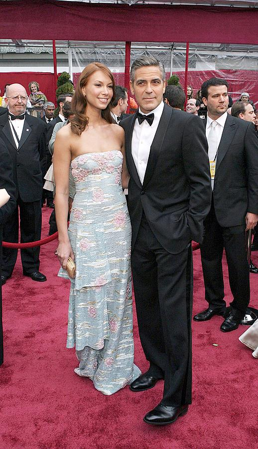Academy Awards Photograph - George Clooney, Sarah Larson Wearing by Everett